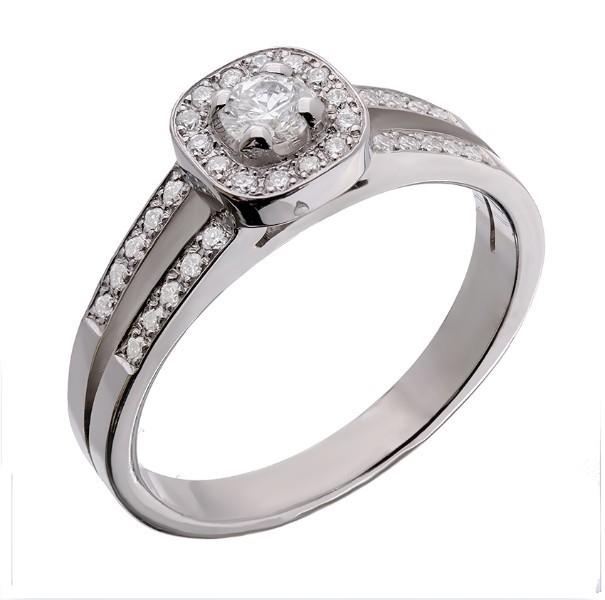 Bague en or 18 carats corps fourche, tête coussin sertie de diamants