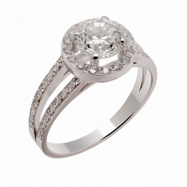 Bague solitaire diamants entourage