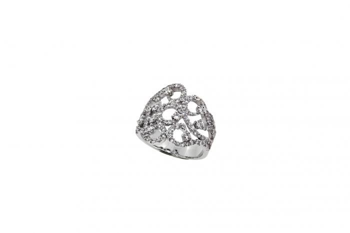 Bague dentelle diamants