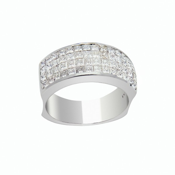 Bague diamants princesse serti invisible
