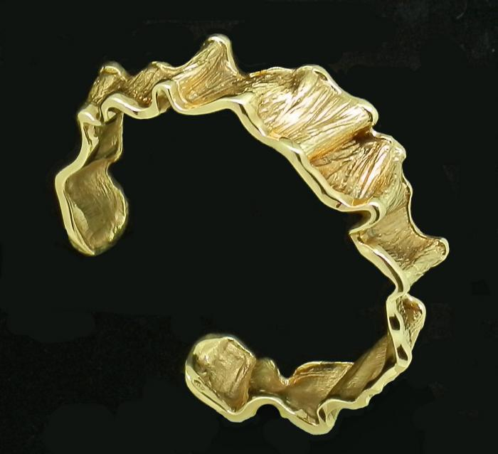 Bracelet sculpté or massif