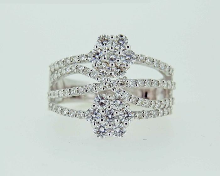Bague fleurs diamants