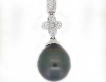 pendentif perle ovale de tahiti