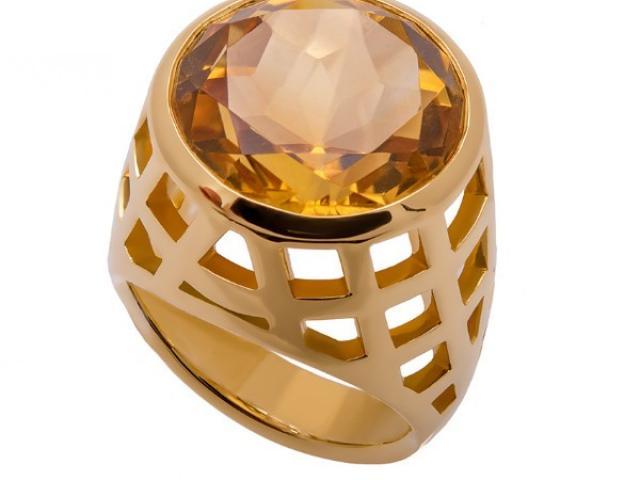 bague en or jaune 18 carats sertie d'une citrine or gemmes