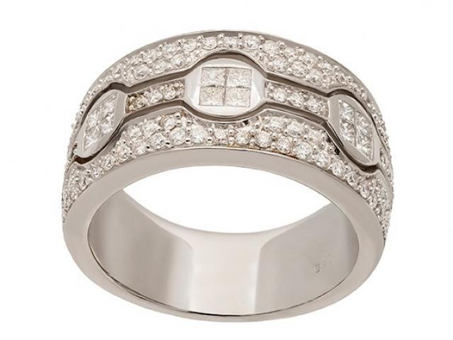 Anneau large rétro or blanc et diamants