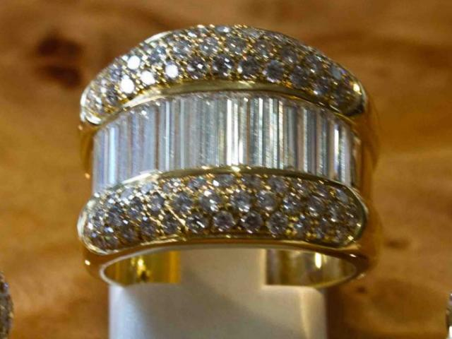 Bague rétro diamants baguettes