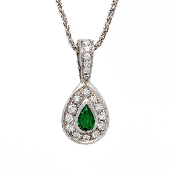 Pendentif emeraudes et diamants